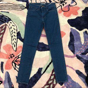 Levi's high rise skinny jeans medium wash 721